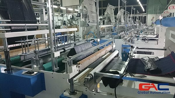 Servo Delta ứng dụng trong máy cắt Nilon